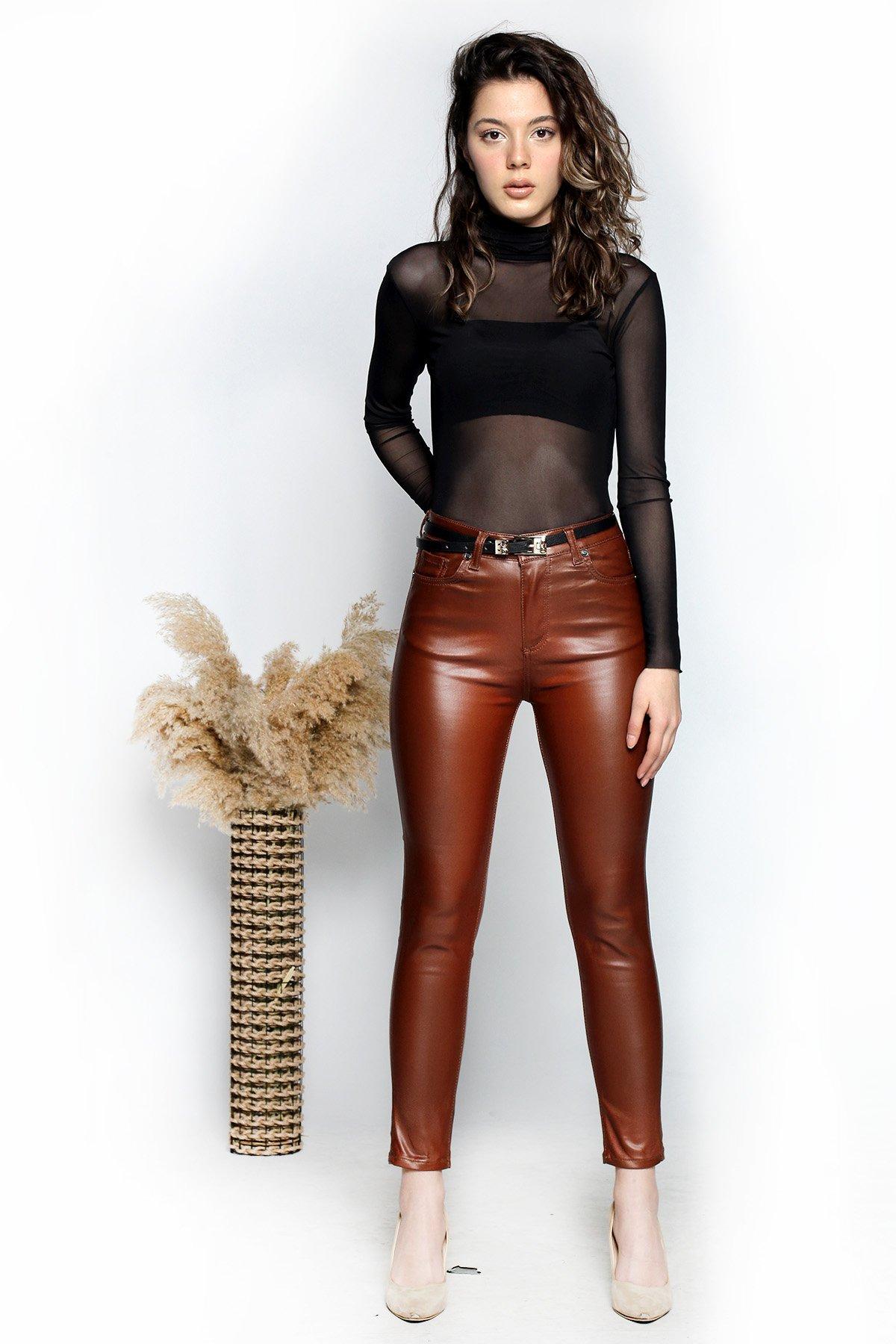 Deri Görünümlü Mum Pantolon
