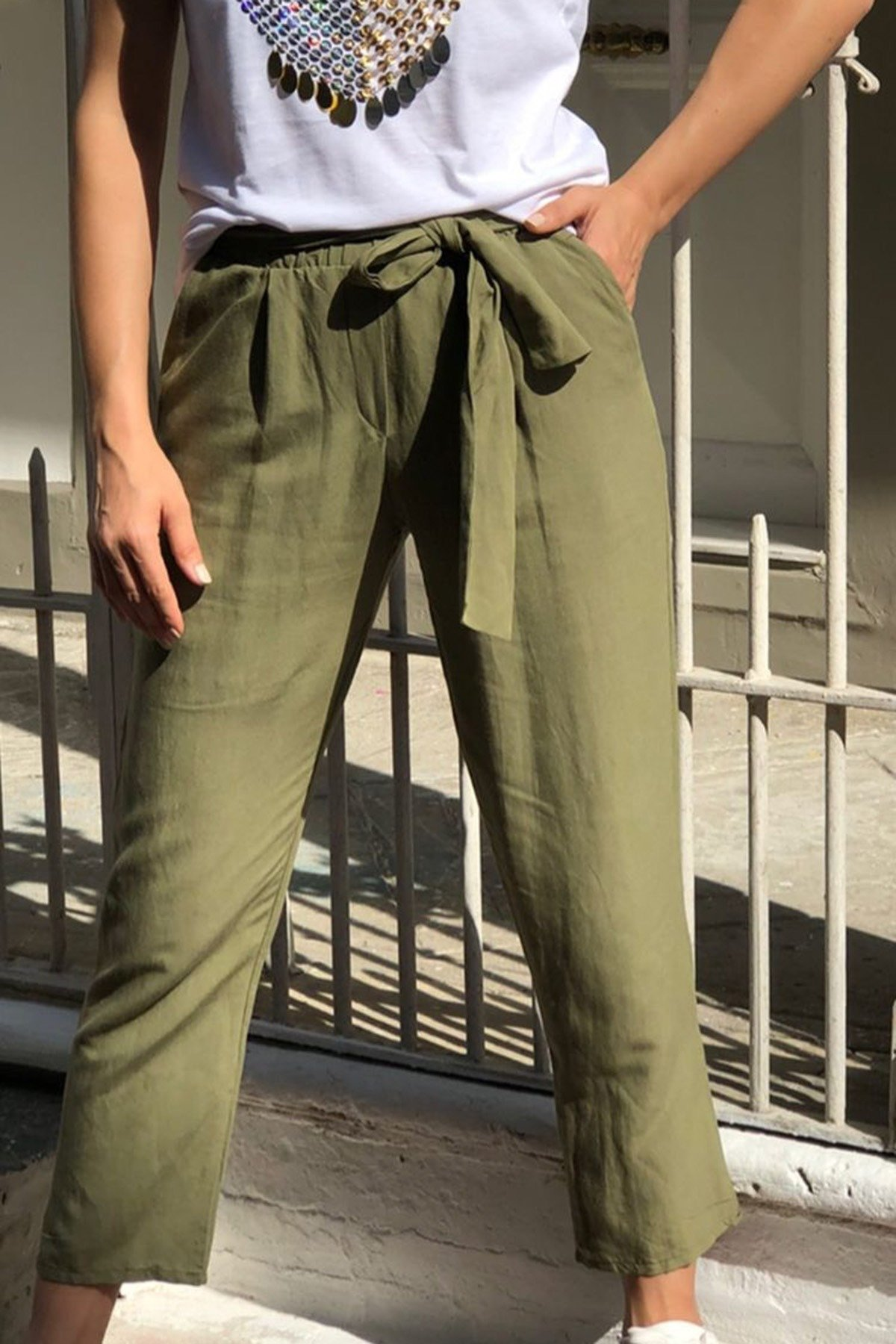 Bel Lastikli Kuşaklı Keten Pantolon