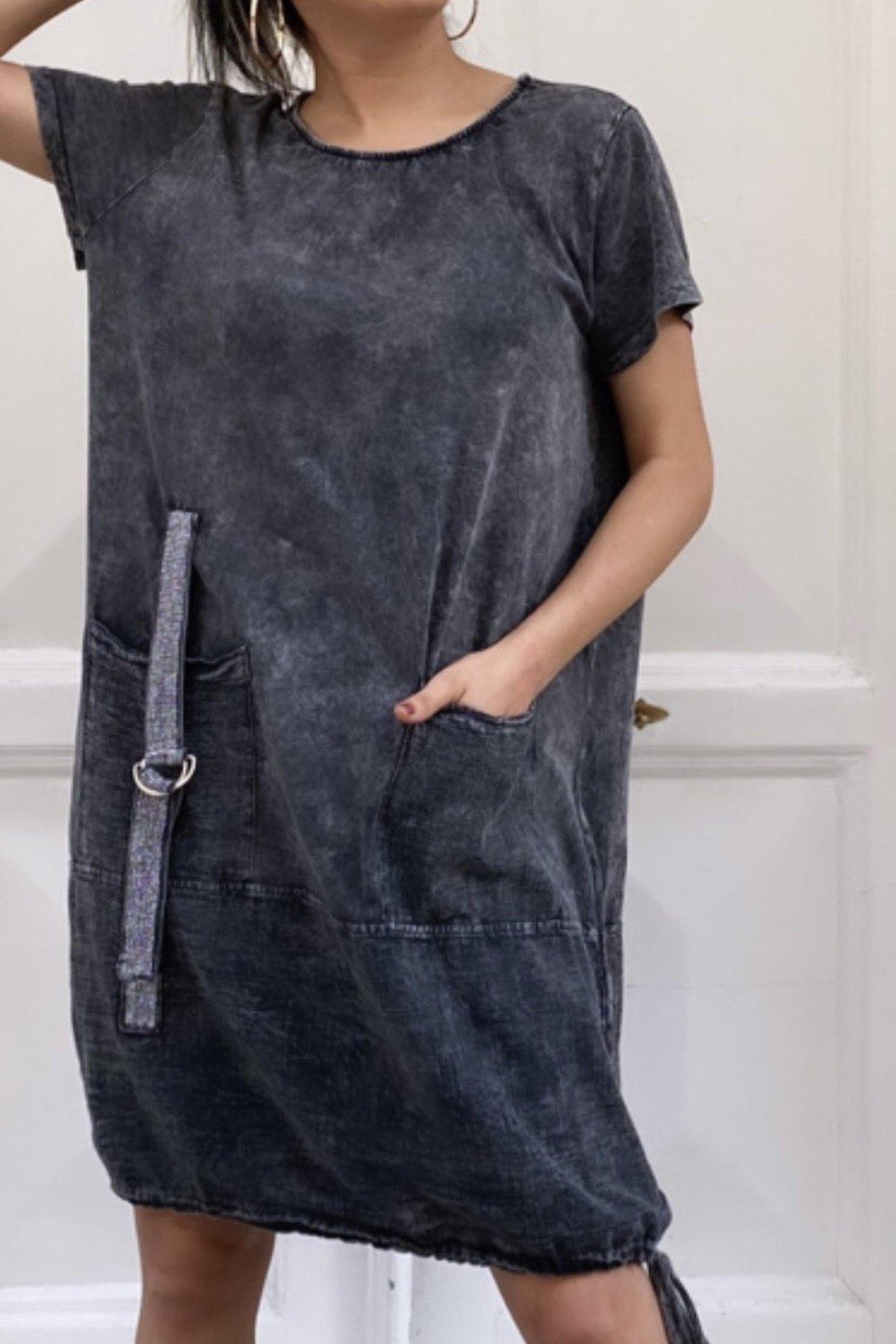 Alt Bağcıklı Elbise