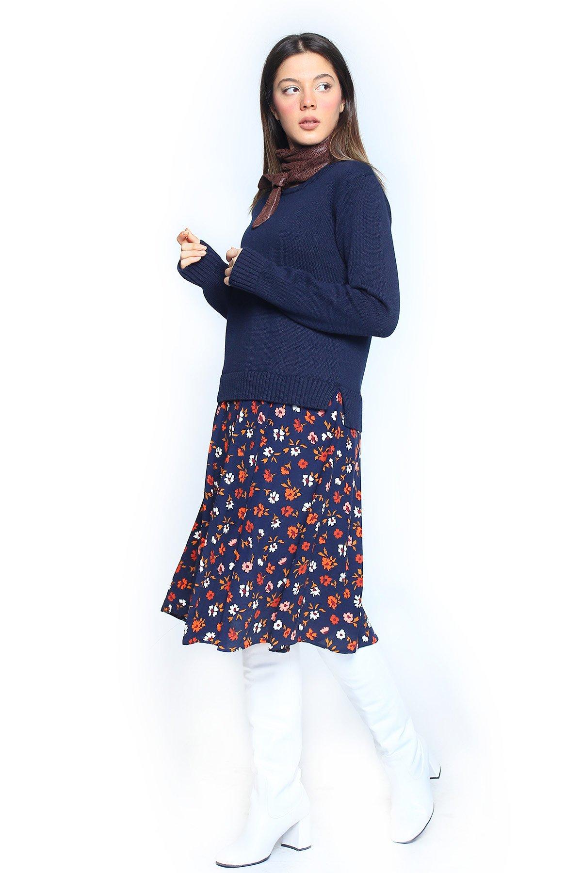 Alt Desenli Üst Triko Detaylı Elbise