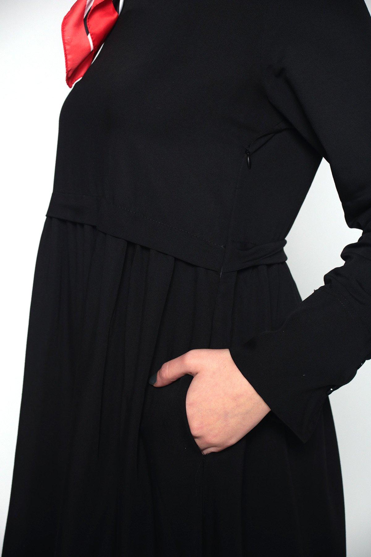 Kol Düğmeli Elbise