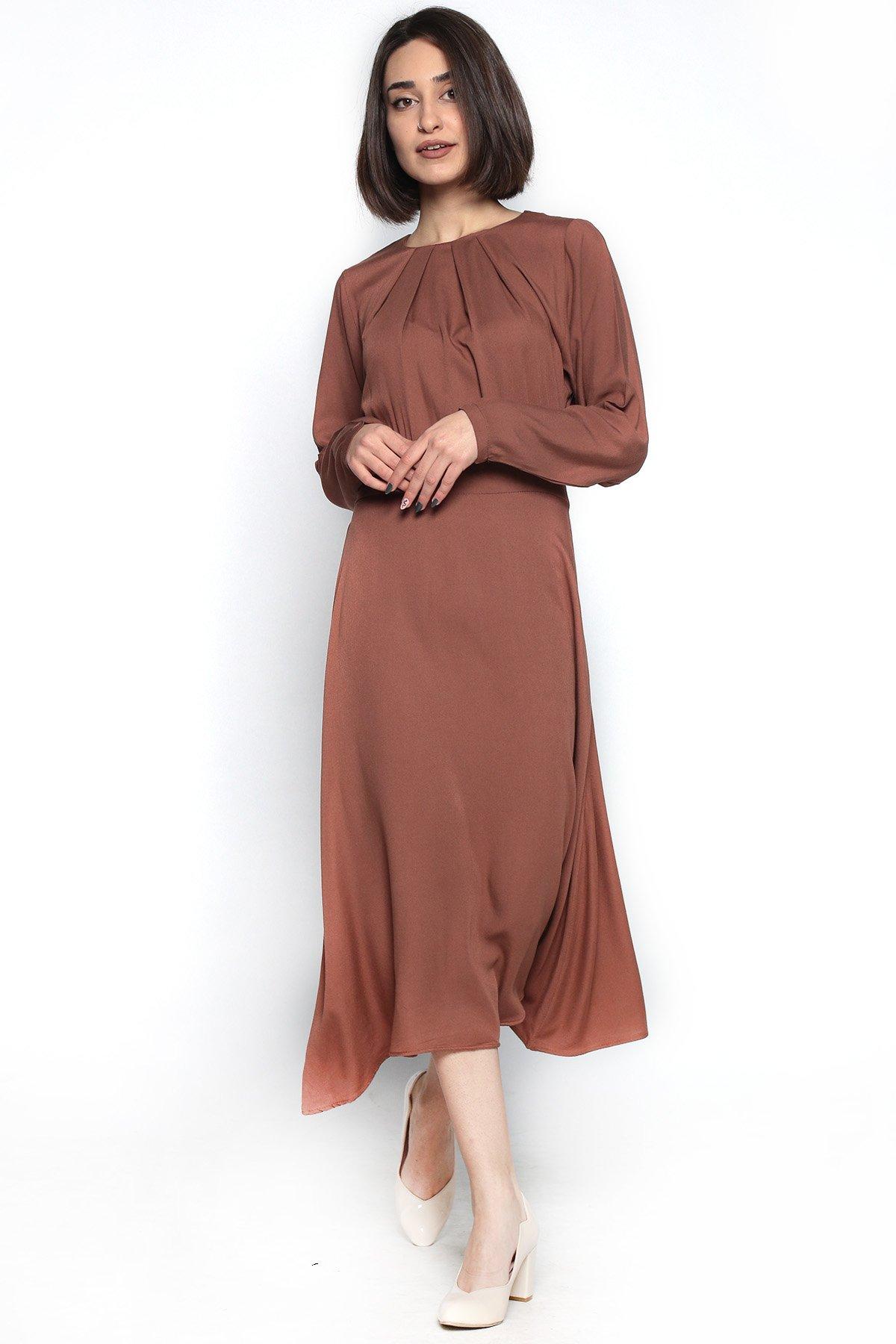Uzun Kol Yakası Pileli Elbise