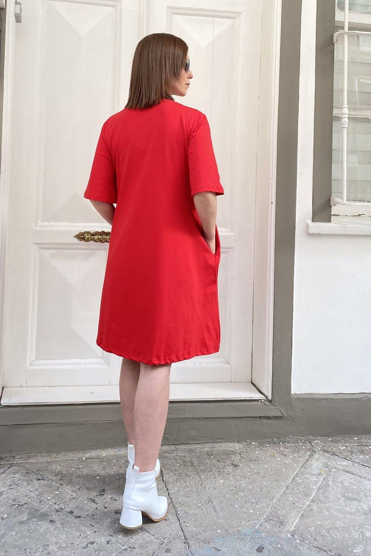 Cepli Çizgi Detaylı Elbise
