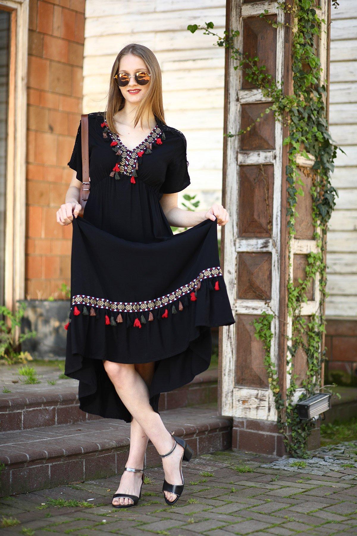 Dantel Detaylı Püsküllü Etnik Desen Elbise