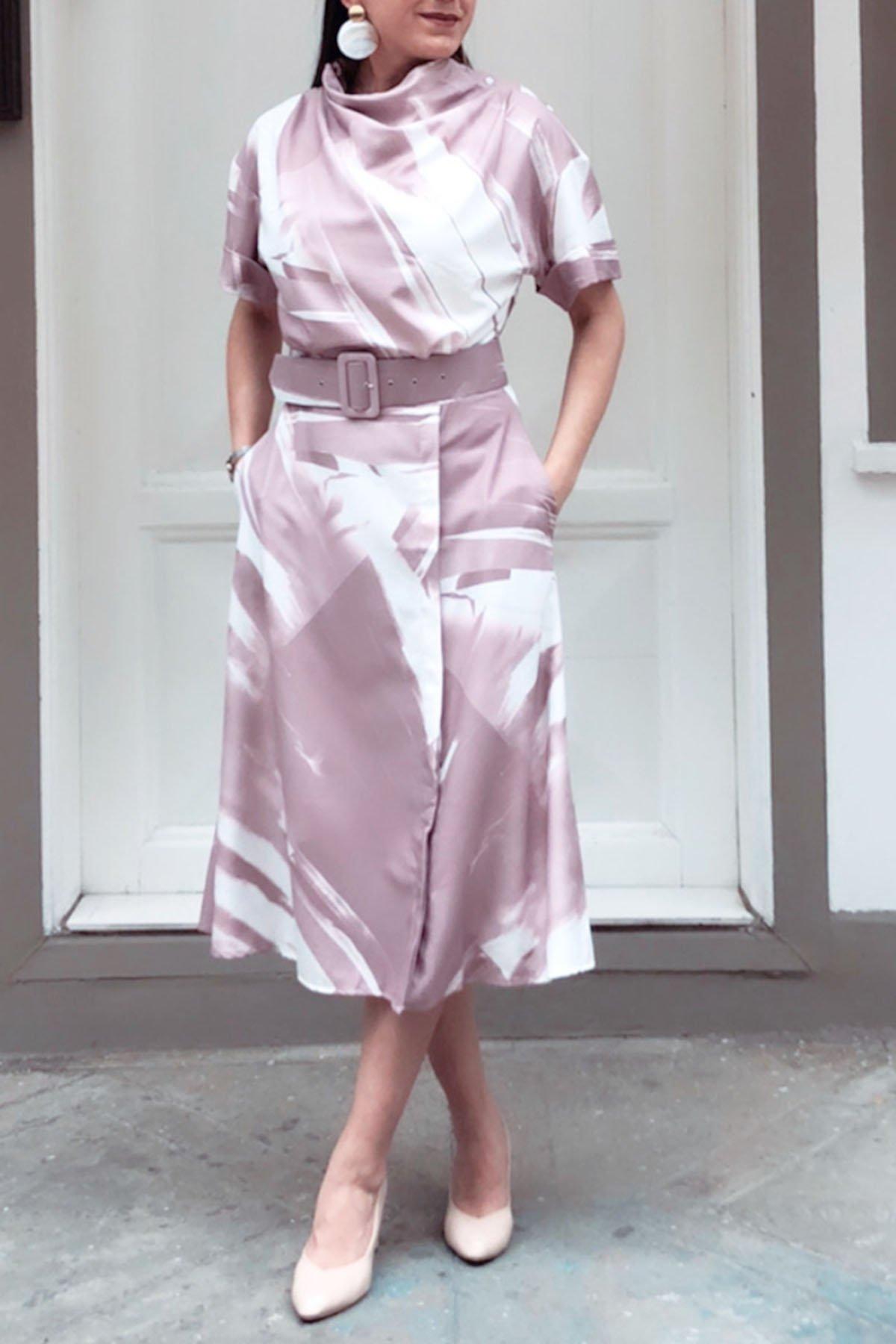 Omuz Düğmeli Kemerli Elbise
