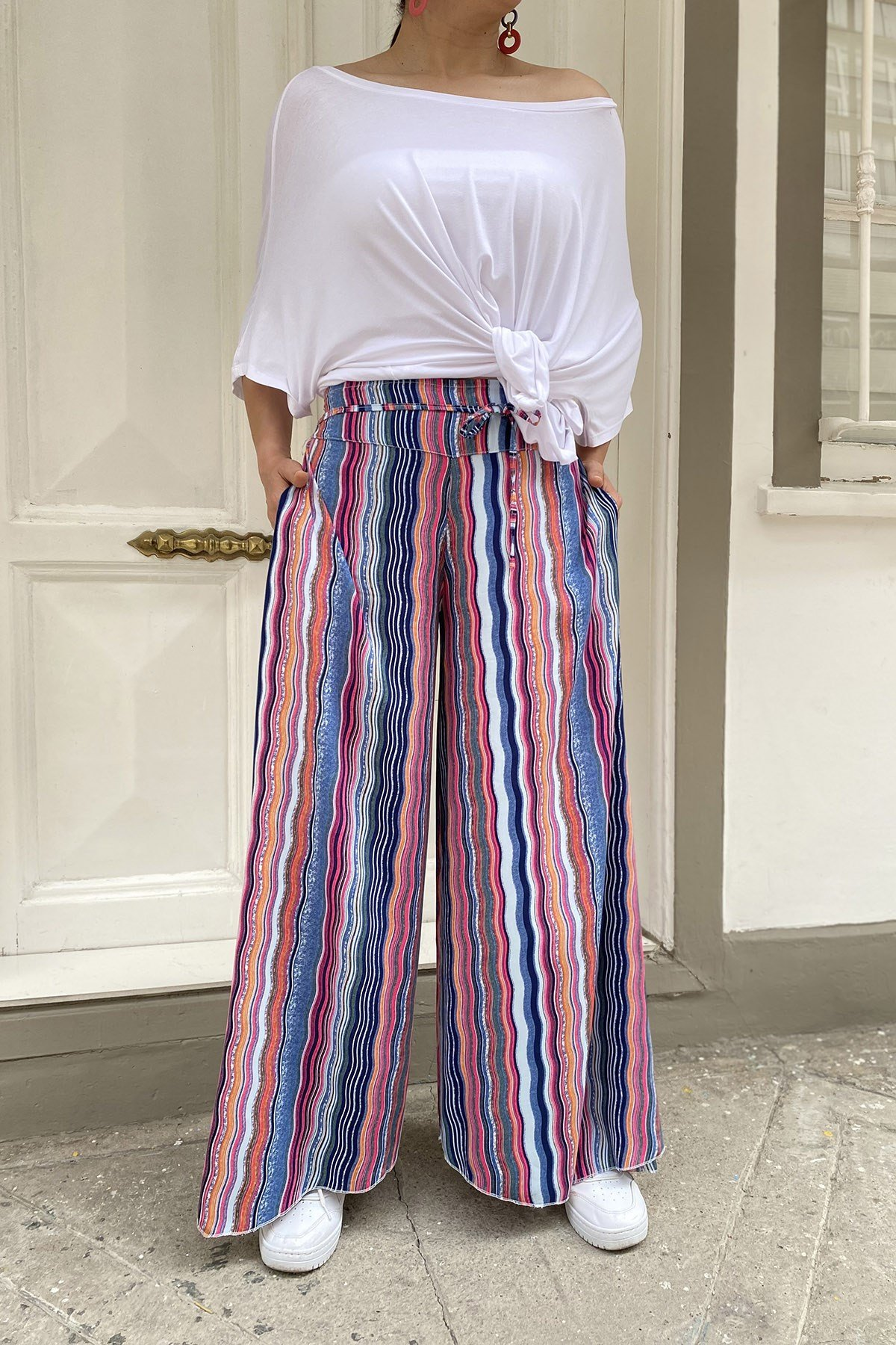 Bel Bağcıklı Desenli Pantolon