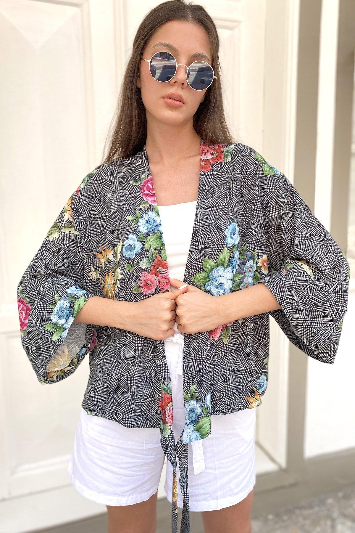Bağcıklı Desenli Ceket
