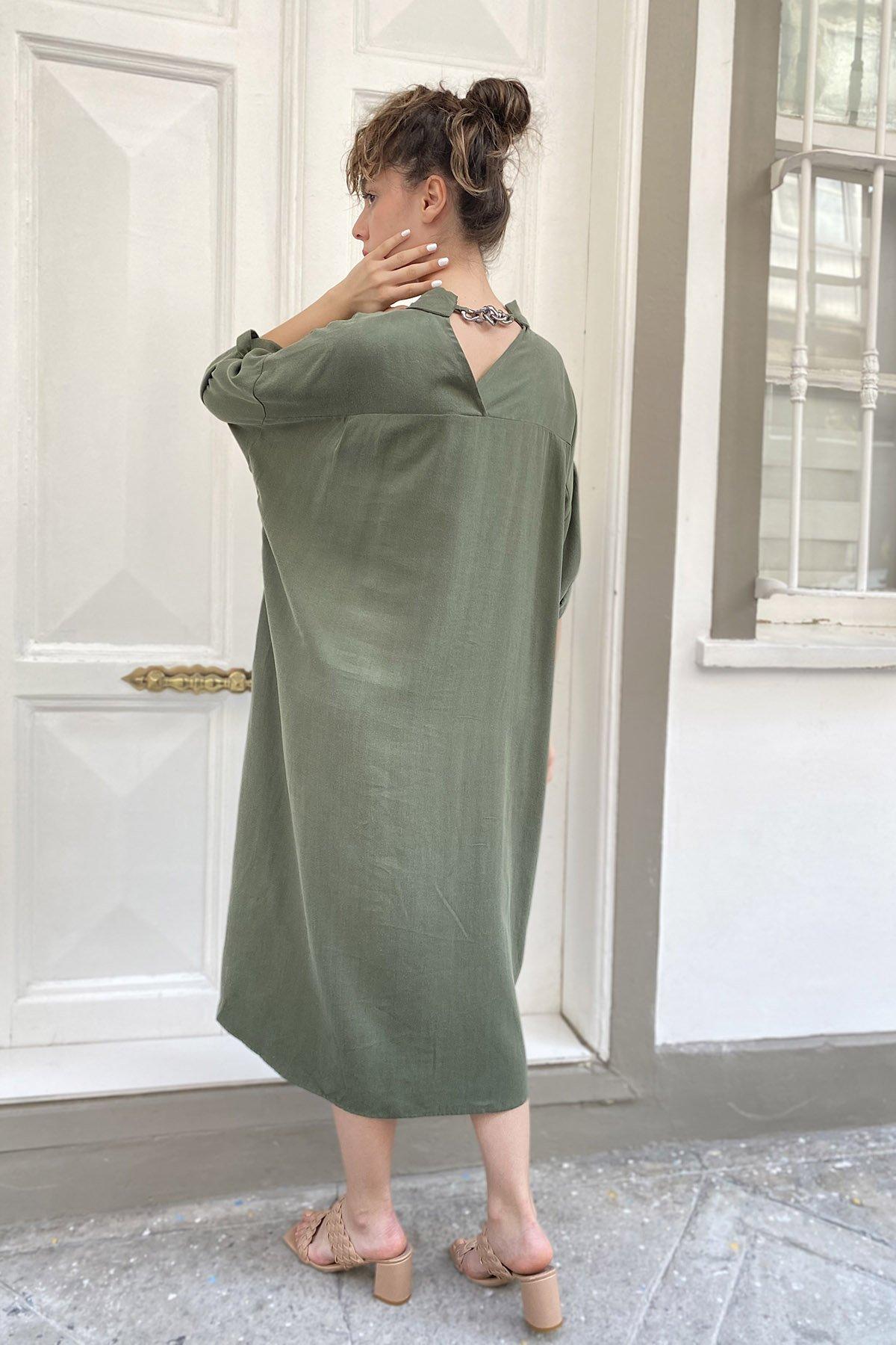 Sırt Zincir Detaylı Kol Apoletli Elbise