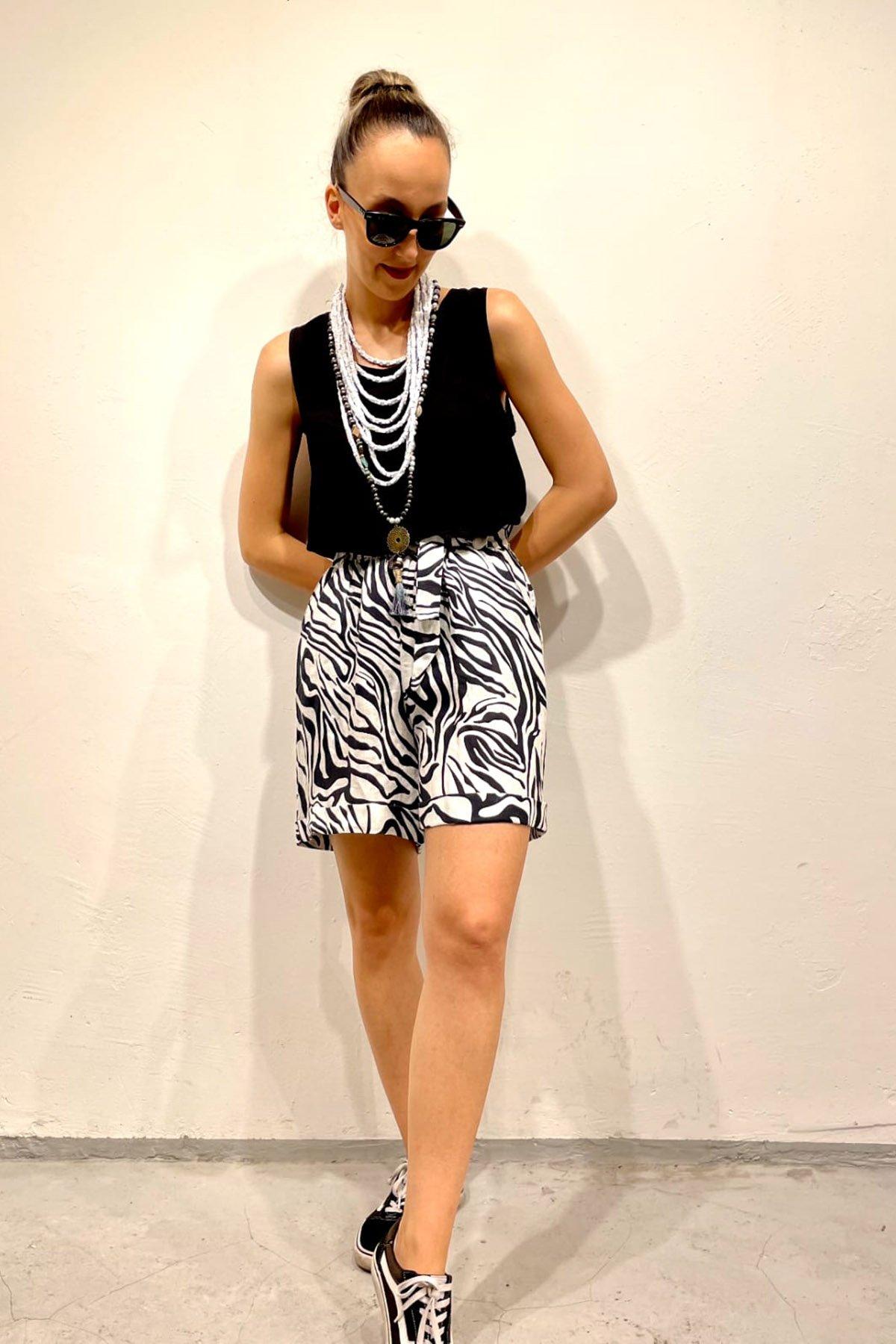Zebra Desen Bel Lastikli Şort