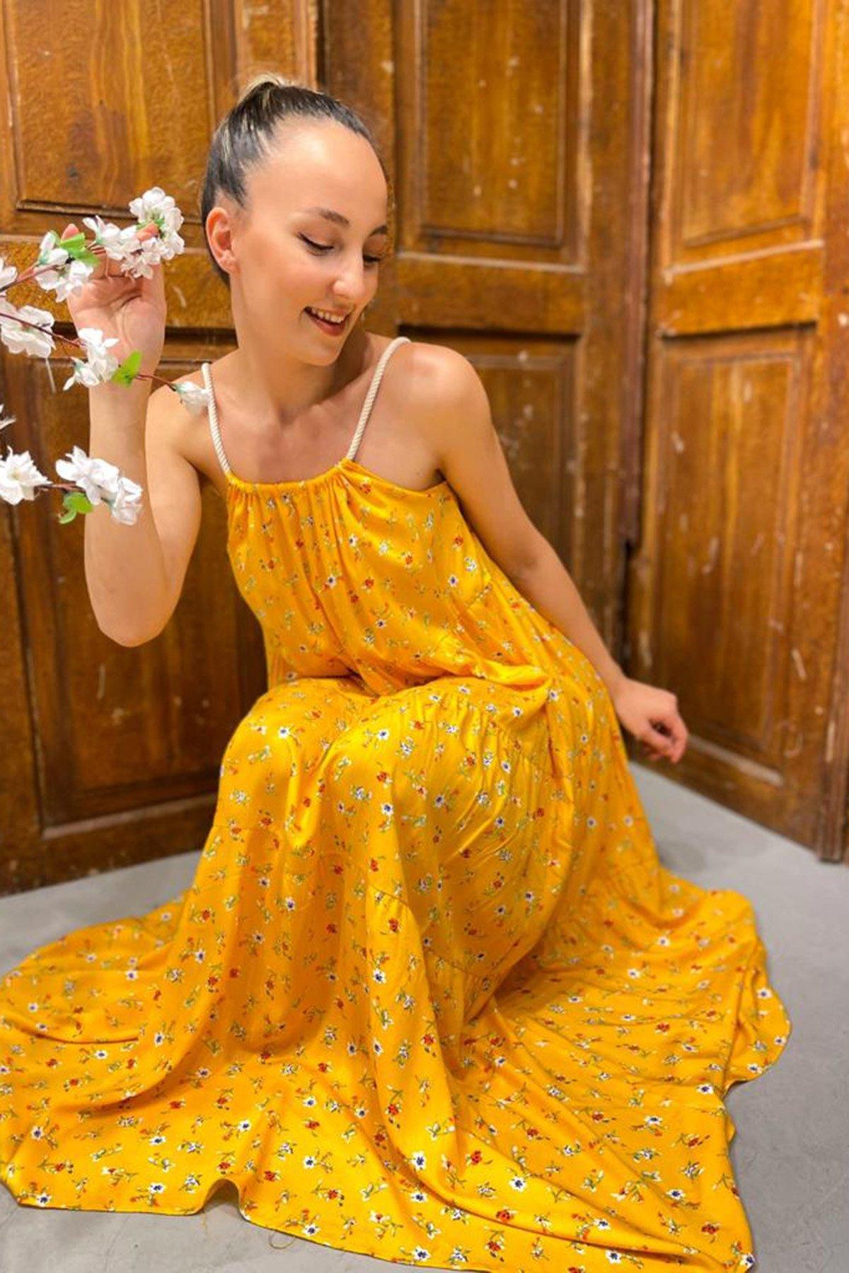 Yaka Halatlı Desenli Elbise