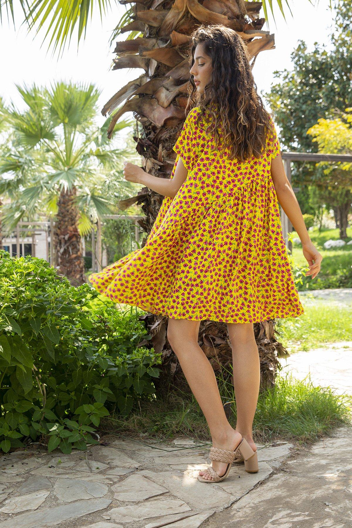 Desenli Kısa Kol Elbise