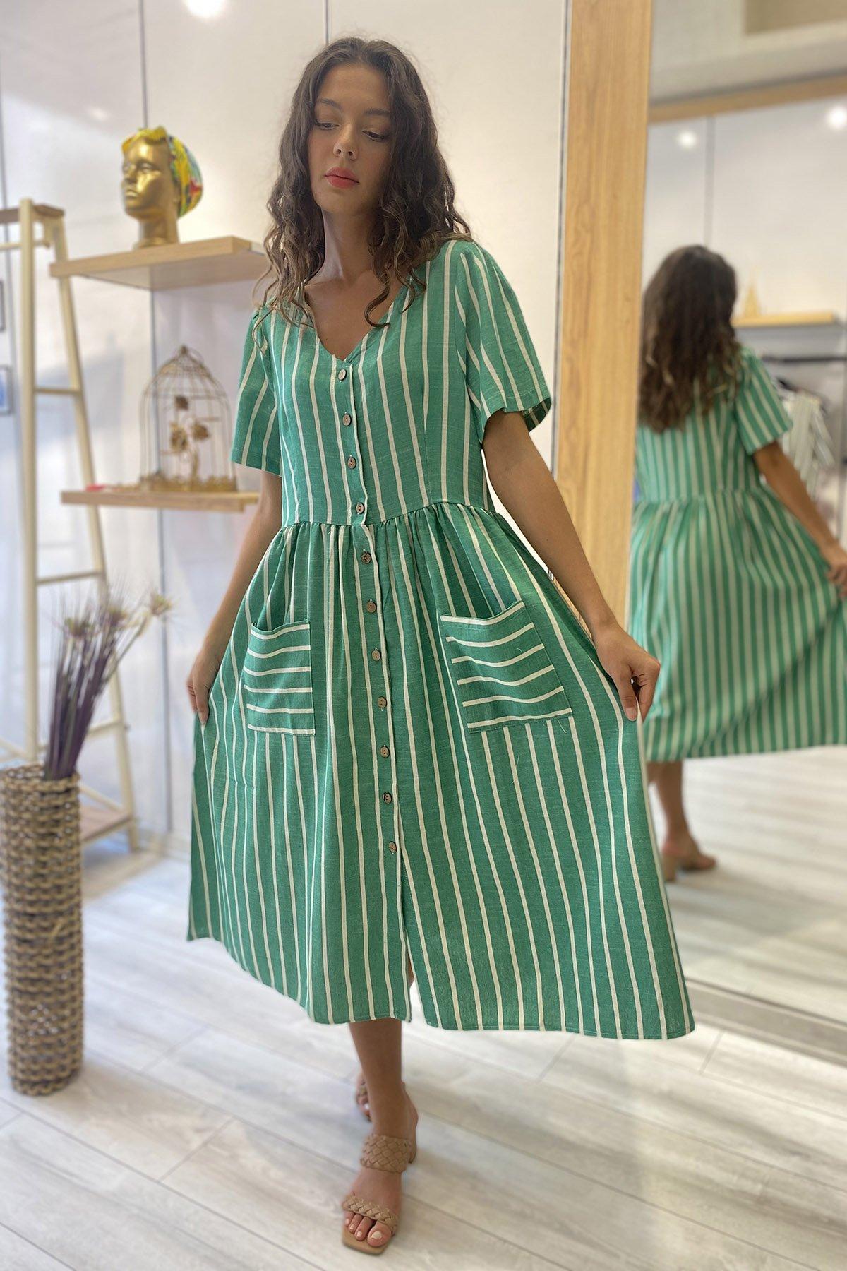 Ön Düğmeli Çizgili Elbise