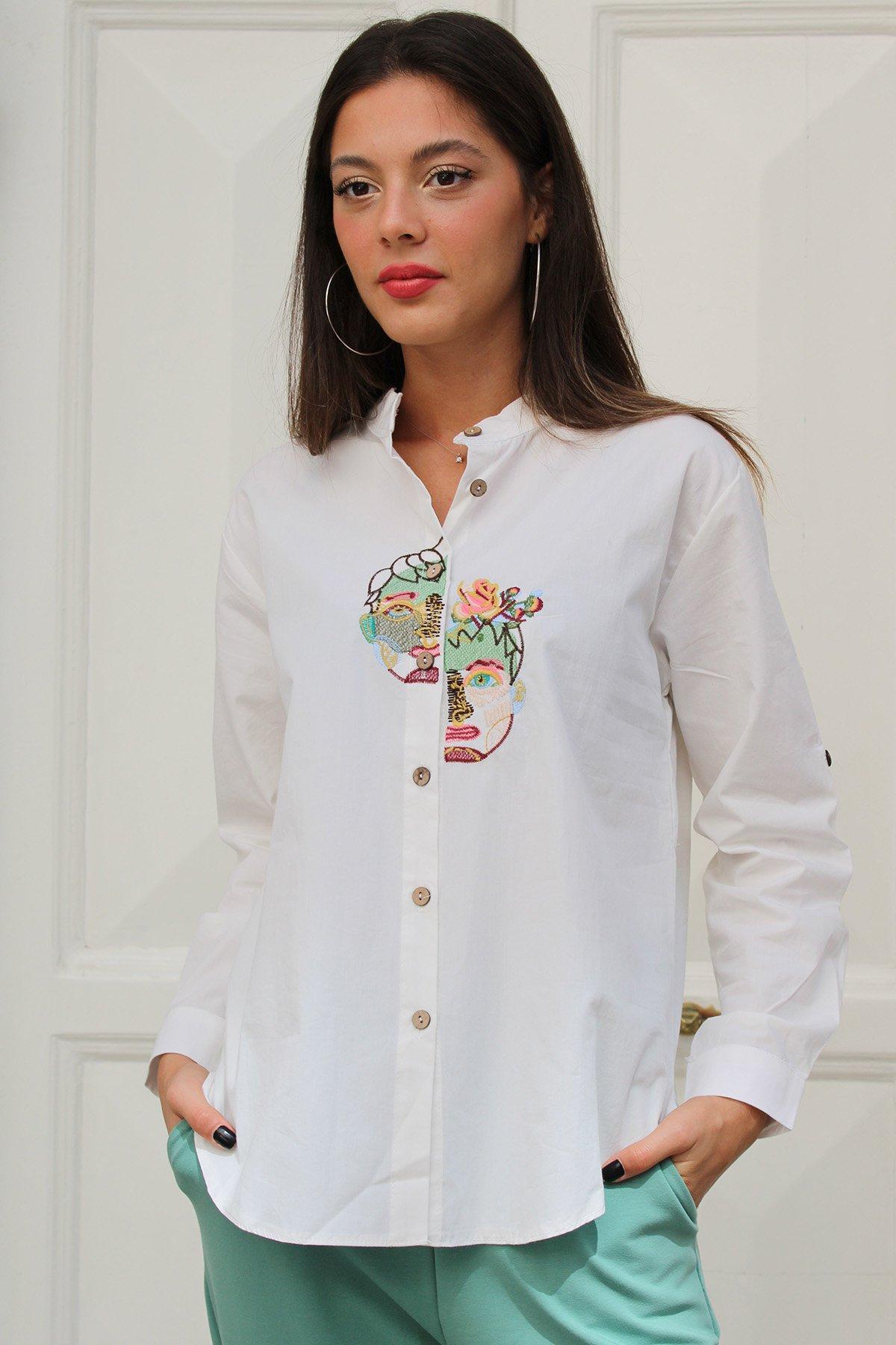 İşlemeli Kol Apoletli Gömlek